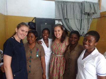 Étudiantes en médecine en mission humanitaire